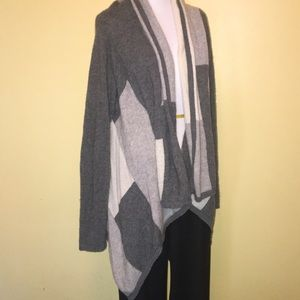 Kashmir large wrap with sleeves